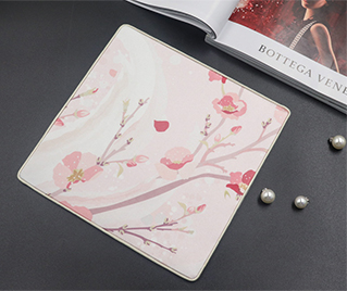 Silk mouse pad